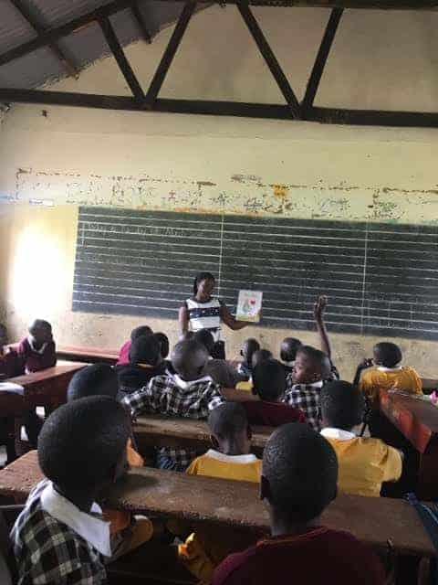 Kate Eldean Classroom book reading in Uganda of Gracie Brave | Mindstir Media Book Cover